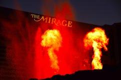 Erupción del volcán en el espejismo Fotografía de archivo libre de regalías