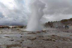 Erupción Islandia del géiser imágenes de archivo libres de regalías