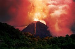 Free Erupting Volcano Royalty Free Stock Image - 1143536