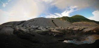 Eruption of Tavurvur volcano at Rabaul, New Britain island, Papua New Guinea stock photography