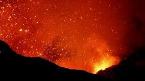 Eruption von Volcano Yasur, Vanuatu stock video footage