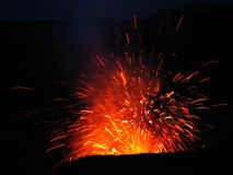 Eruption am Vulkan Mt Yasur, Vanuatu Stockbilder