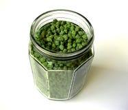 Ervilhas de pintainho verdes no frasco grande Imagens de Stock Royalty Free