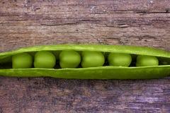 Ervilhas em uma vagem Foto de Stock
