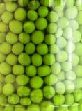 Ervilhas verdes deliciosas imagens de stock