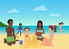 Erwachsene und Kinder, die Sandburg machen und Spaß auf der Strandvektorillustration haben stock abbildung