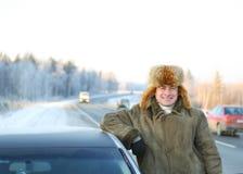 Erwachsener Treiber des Autos stockfotografie