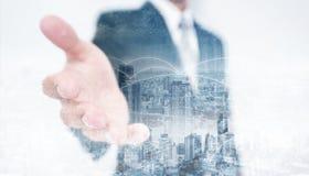 Erweiterungshand des Doppelbelichtungs-Geschäftsmannes mit Stadtbild- und Vernetzungstechnologie stock abbildung