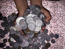 Erwerben Sie on-line-Geld Stockfoto