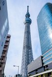 Es ist die 634 Meter Fernsehkontrollturm und angeordnet im Sumida Bezirk Lizenzfreie Stockfotos