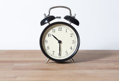 Es ist halbe letzte zehn O-` Uhr Stockbilder