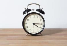 Es reloj del ` del 04:15 o Fotos de archivo libres de regalías