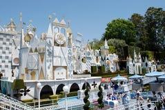 Es un pequeño mundo en Disneylandya Fotos de archivo libres de regalías