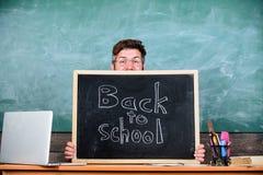 Es usted alista estudio Prepárese por año escolar Inscripción de las recepciones del profesor o del director de escuela de nuevo  imagenes de archivo