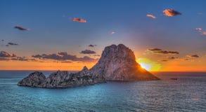 ¡ Es Vedrà - Ibiza - утес стоковые фото