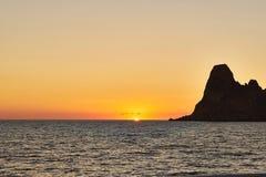 ES Vedra στο ηλιοβασίλεμα, Ibiza, Ισπανία Στοκ Εικόνες