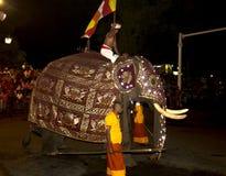 Esala Perahera :bhuddist节日在康提,斯里兰卡, 2015年 库存图片