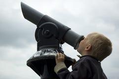 Esaminando il cielo Fotografia Stock Libera da Diritti