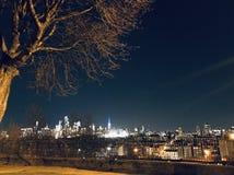 Esaminando NYC fotografie stock