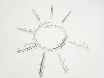 Esboço de Sun na areia Fotografia de Stock Royalty Free