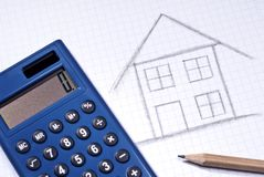 Esboço de uma casa com calculadora Imagem de Stock