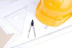 Esboços arquitectónicos em uma tabela Fotografia de Stock Royalty Free