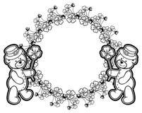 Esboce em volta do quadro com contorno do trevo e urso de peluche quadriculação foto de stock royalty free