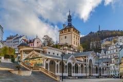 Escúdese la torre, Karlovy varían, República Checa Foto de archivo