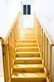 Escada amarela foto de stock royalty free