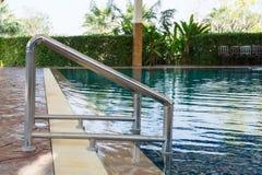 Escada da piscina Fotos de Stock