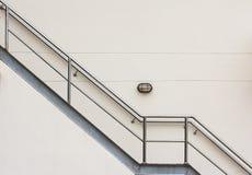 Escada do escape de fogo fotografia de stock