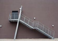 Escada do metal da fábrica Fotos de Stock Royalty Free