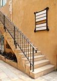 Escada do vintage da construção velha Fotos de Stock Royalty Free