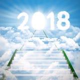 Escada em direção aos números 2018 com porta brilhante Fotografia de Stock Royalty Free