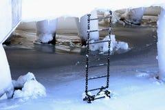 Escada gelada do metal Imagens de Stock