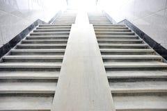 Escada a iluminar-se   Fotos de Stock