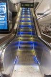 Escada rolante da estação subterrânea de T-Centralen do metro de Éstocolmo fotografia de stock