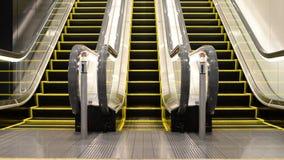 Escada rolante movente para cima e para baixo video estoque