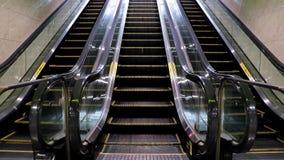 Escada rolante vazia video estoque