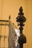 Escadaria amarela velha imagem de stock