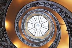 Escadaria da hélice dobro fotos de stock