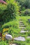 Escadaria de pedra que conduz à casa Fotos de Stock