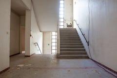 Escadaria em uma construção imagens de stock