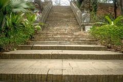 Escadaria envelhecida do tijolo Foto de Stock