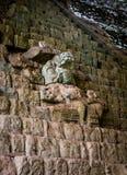 Escadaria jeroglífica em ruínas maias - local arqueológico de Copan, Honduras fotos de stock