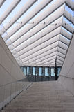 Escadaria moderna da construção, exterior, lugares de trabalho, texturas imagens de stock