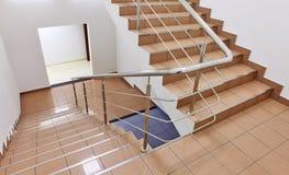 Escadaria no interior foto de stock