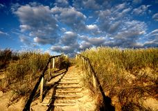 Escadas às nuvens Fotos de Stock