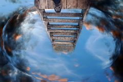 Escadas ao céu Escadas no futuro Imagens de Stock