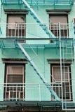 Escadas da construção, New York, EUA Foto de Stock Royalty Free